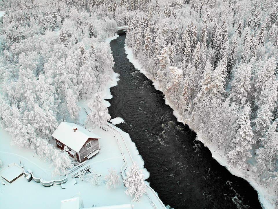 Koskitupa_talvella